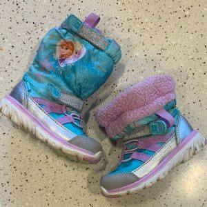 Stride Rite Disney Frozen toddler girl snow boots